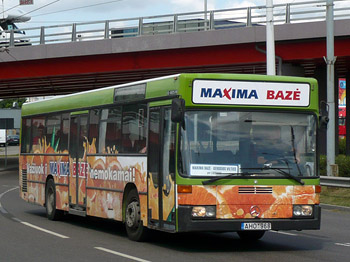 Maxima baze autobusas